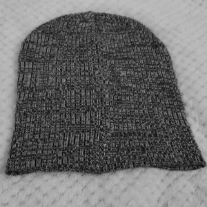 Simple Cute Beanie for the Winter Season
